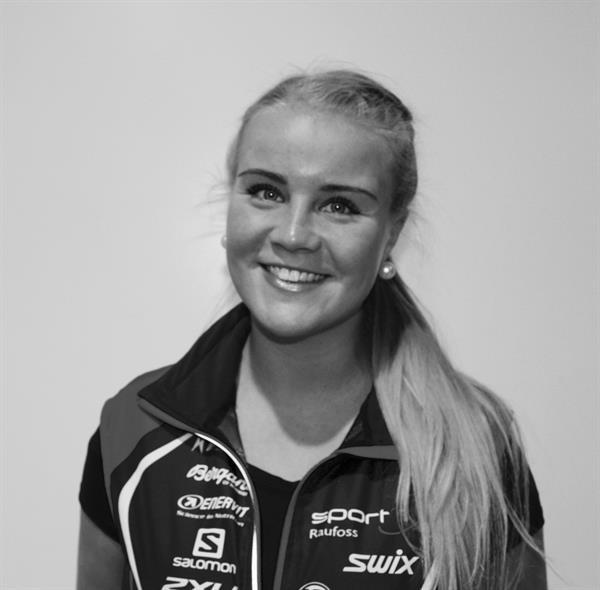 Marthe Bakken Olsen SortHvitt